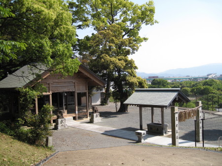 kamitukigumajiroku1.jpg